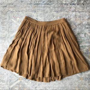 Talbots women's tan camel pleated skirt 6p petite